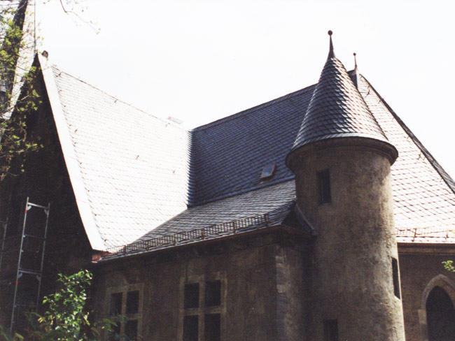 Katholische Kirche in Jena  Schieferdach und Dachklempnerarbeiten